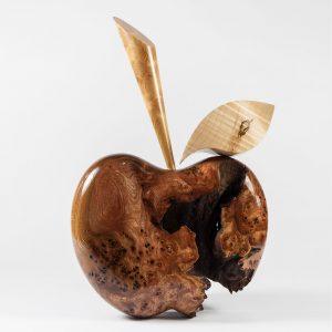 Apple sculpture by Ben Homer